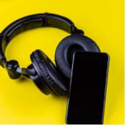 AUDÍFONOS / HEADPHONES
